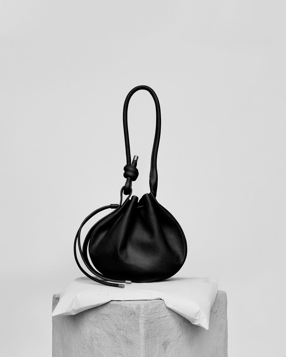 BEHNO, US/India - behno is a NYC-based handbag label whose mission is to redefine and bring sharp awareness to sustainability and ethics to fashion. The brand has implemented its own 'behno Standard' with manufacturing partners in India to revolutionise the way garment workers and artisans are treated, viewed, and employed.
