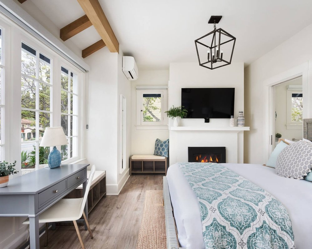 Luxury Queen Room with Fireplace - Relax in California coastal style in this downstairs room, thoughtfully appointed to enhance your stay. 250 sq ftBook Now ➜