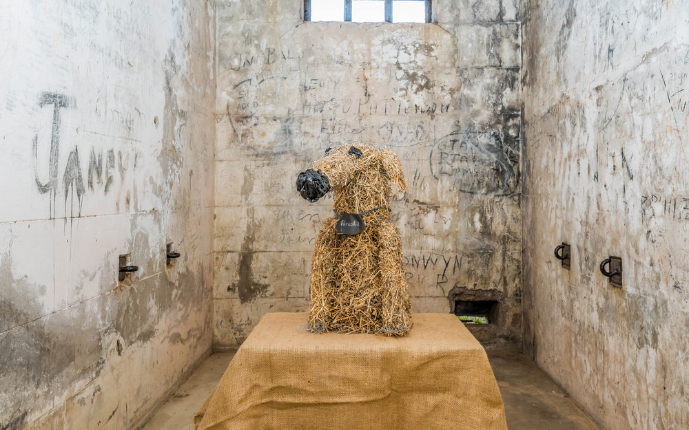 SCULPTURE-IN-THE-GAOL-42_Dog-by-Hirushi_Udawatta-Kempsey_High.jpg