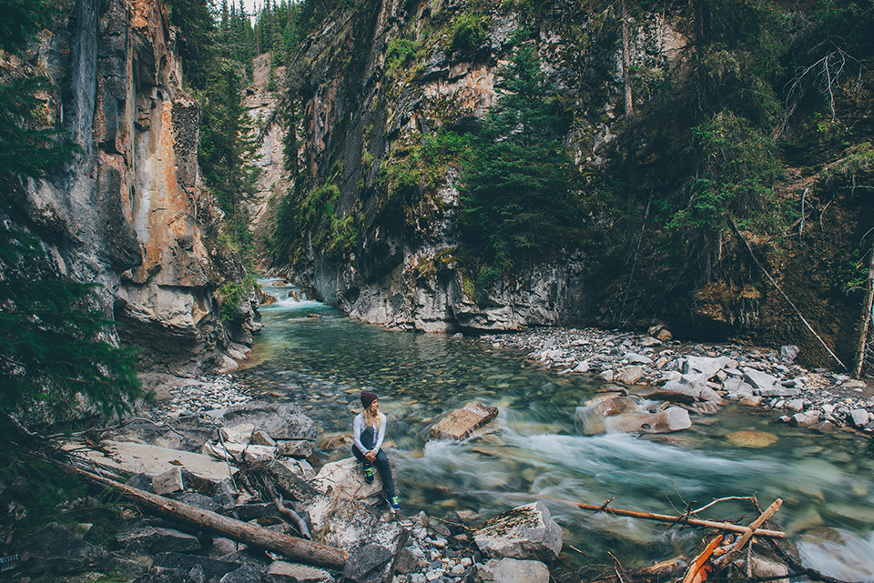 Johnstons-Canyon-Photos33