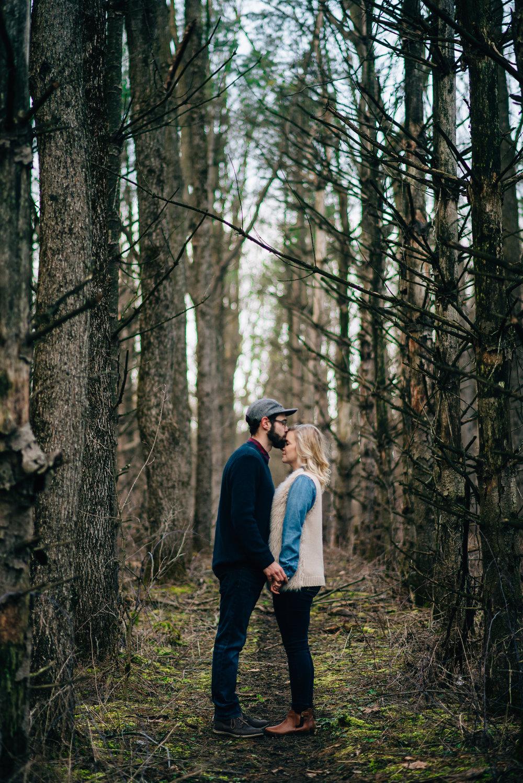 Winter-Forest-Engagement-Shoot-25