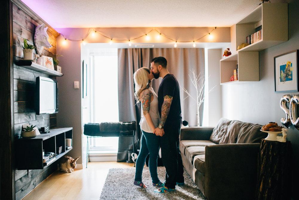 Toronto-Cozy-Couples-Shoot-22
