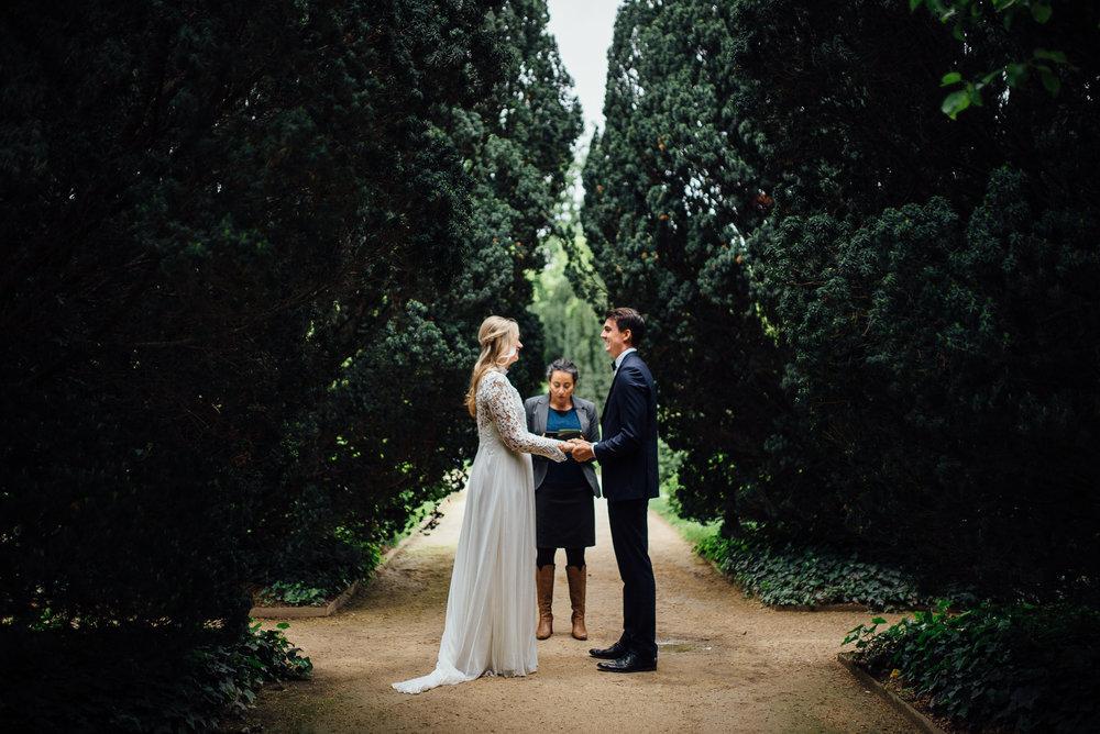 Jardin de Plantes Paris, France romantic adventurous elopement - Sara Monika, Photographer