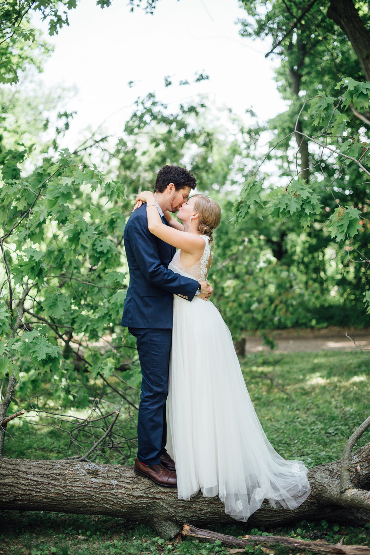 Outdoor-Caledon-Tralee-Wedding-Photography-31