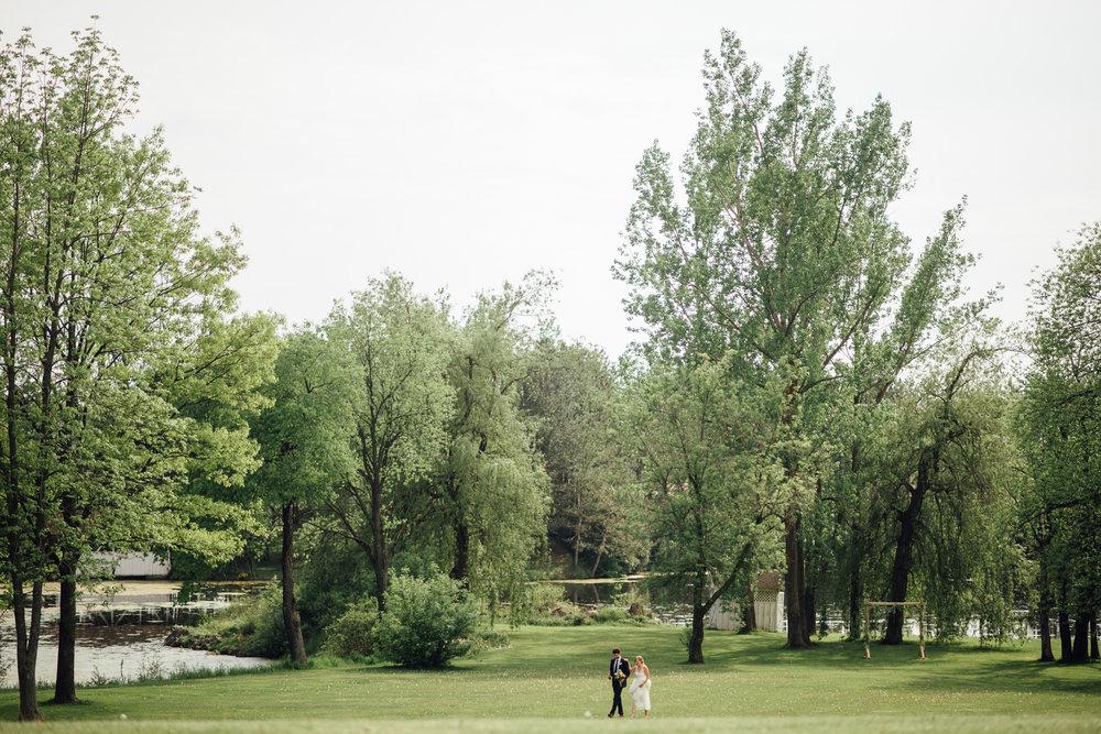 Outdoor-Caledon-Tralee-Wedding-Photography-72