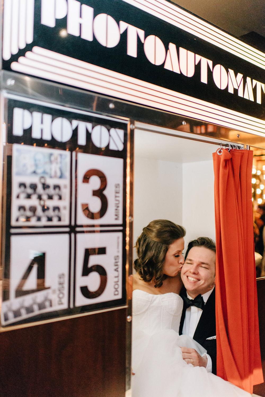 Wedding at The Drake 150 in Toronto - Sara Monika, Photographer