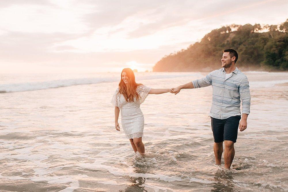Romantic-outdoor-wedding-costa-rica-sara-monika-14.jpg