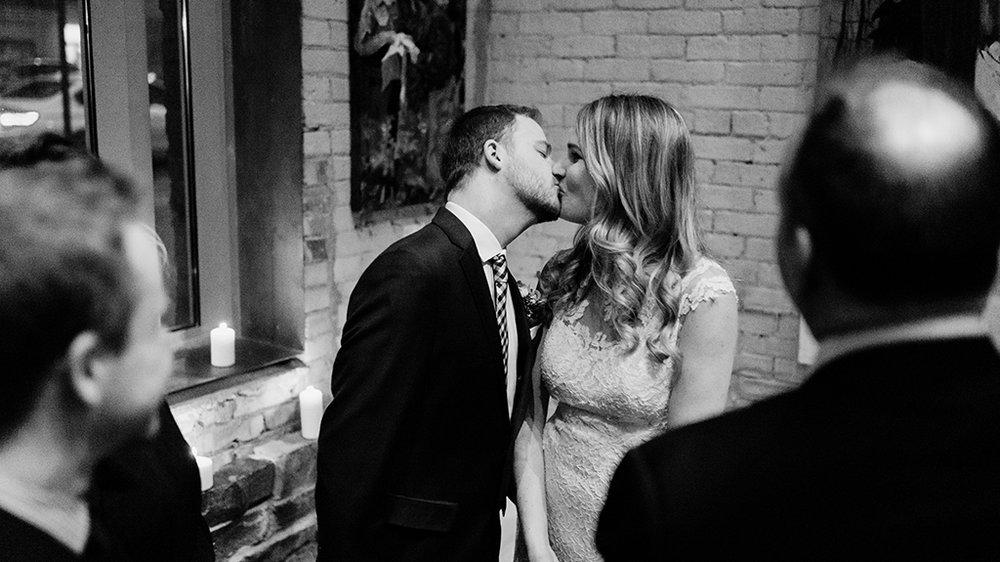 Documentary-Wedding-Photography-by-Sara-Monika-9.jpg