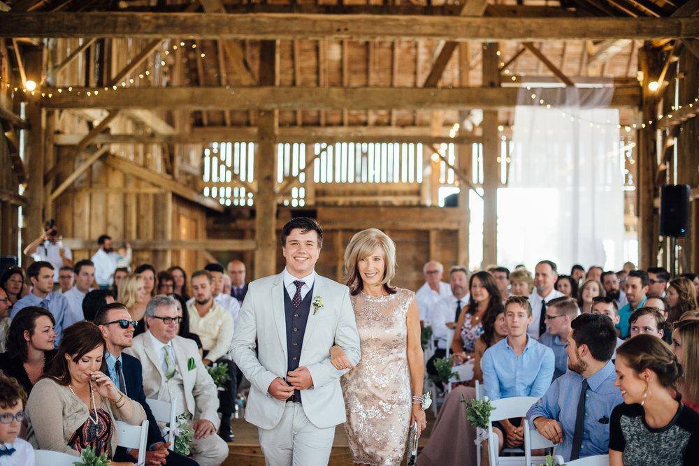 Downswell-Barn-Wedding-Photography-32.jpg