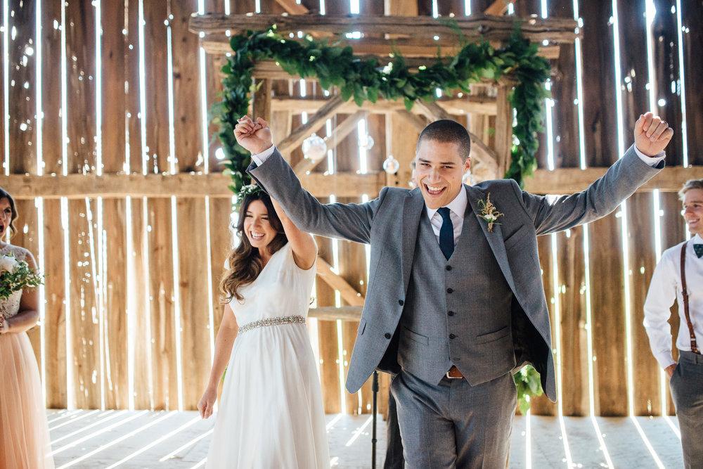 Downswell-Barn-Wedding-Photography-49.jpg