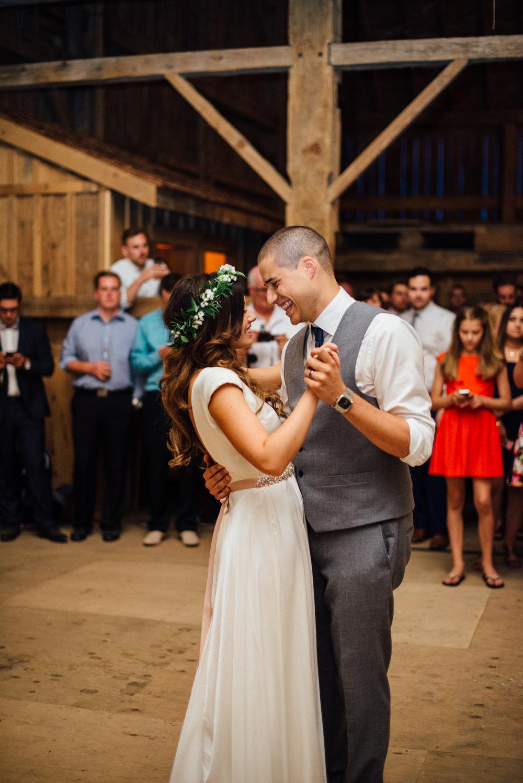 Downswell-Barn-Wedding-Photography-117.jpg