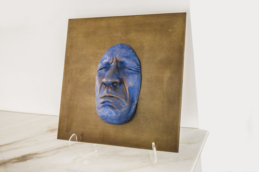 Plaque Bleu La Tristesse - 2013Bronze on steel2/830 x 30 cm