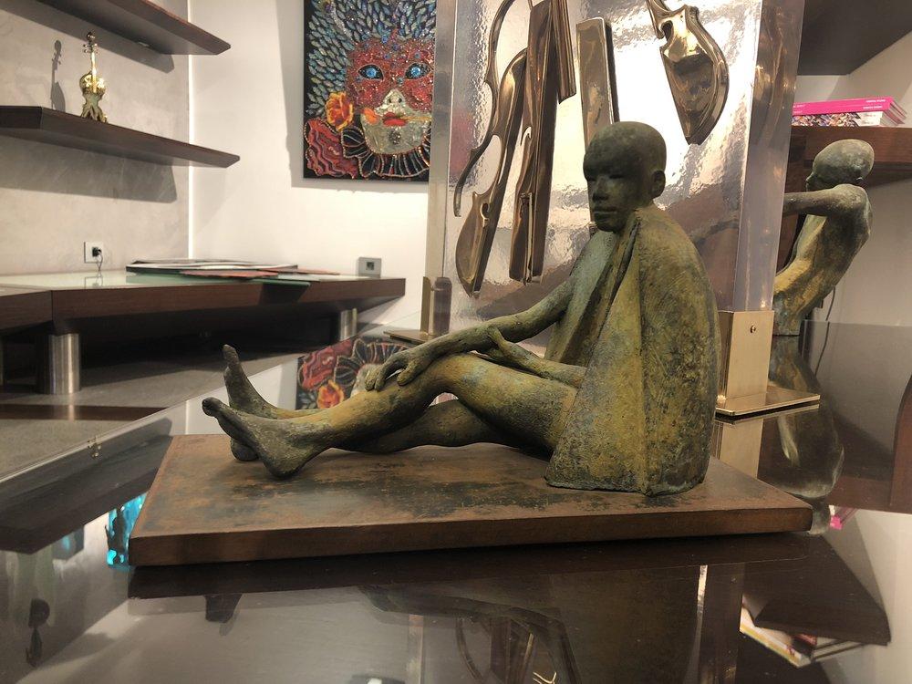 Piernas Cruzadas - Bronze6/822 x 32 x 16 cm
