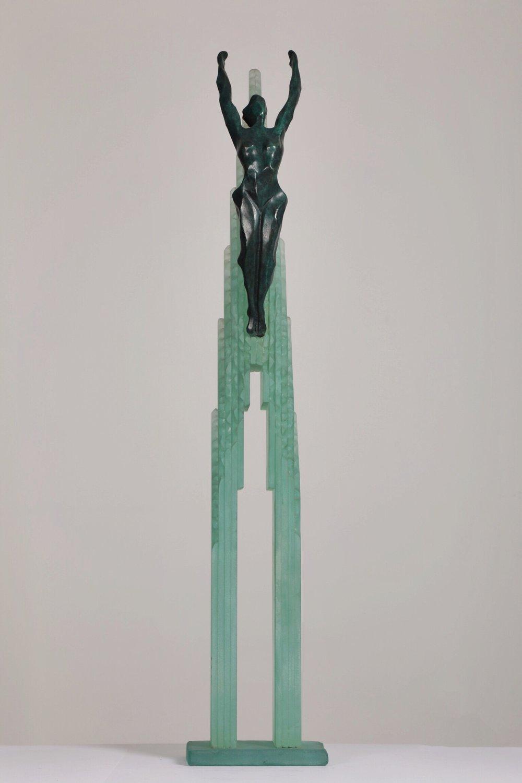 Un Air De Liberté - Bronze and glass2/8H: 130 L: 25 cm