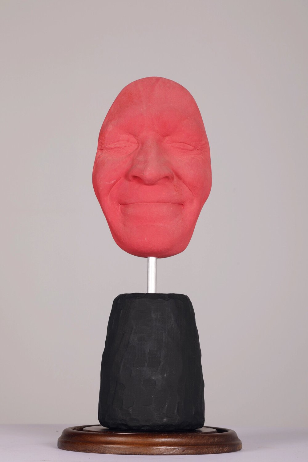 Masque I - Sourire Fuschia - 2012Plaster and acrylic1/8H: 42 cm