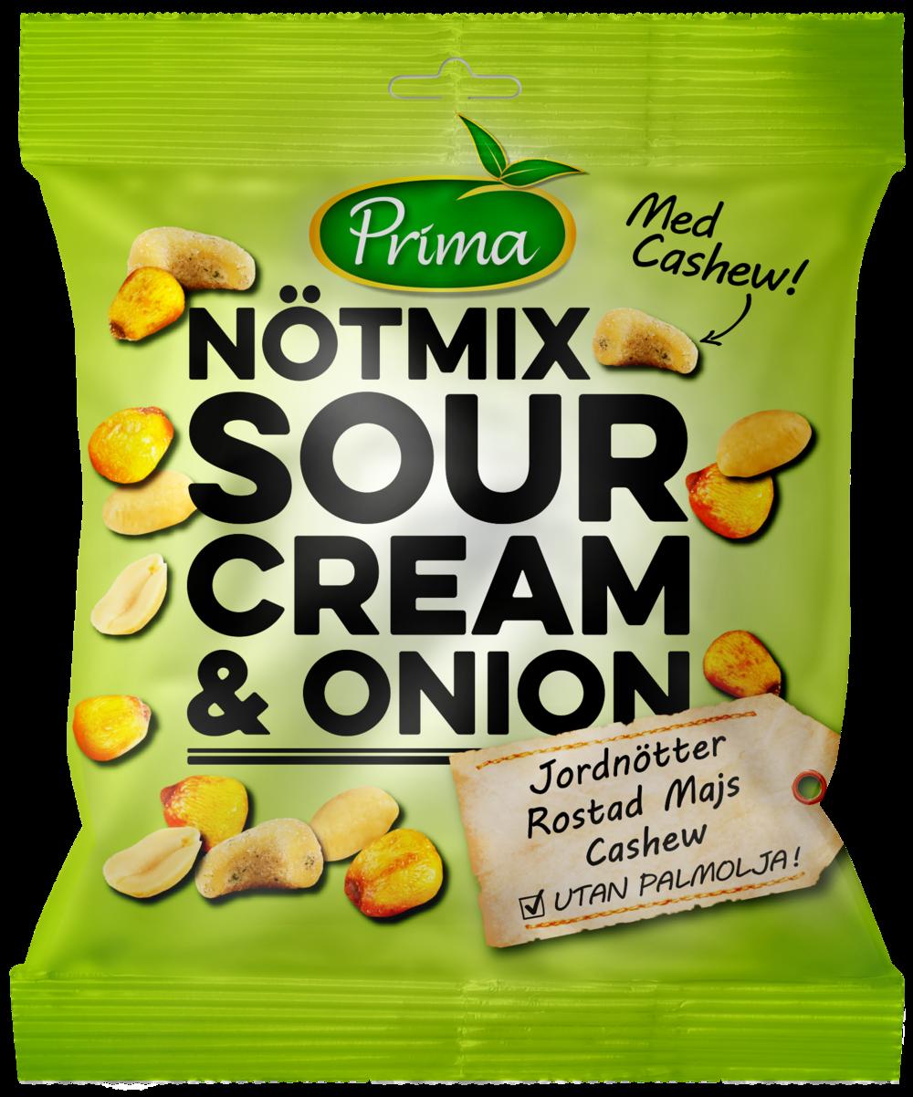 Nötmix Sour Cream & Onion - Nötmix av jordnötter, cashew och rostad majs med sour cream & onion kryddning. Påsen innehåller 150g.Ingredienser:Torrostade JORDNÖTTER 46%, Rostad majs 37% (majs, solrosolja, salt), CASHEW 14%, solrosolja, salt, VASSLEPULVER, vitlökspulver, persilja, lökpulver, MJÖLKSOCKER (LAKTOS), socker, aromer, YOGHURTPULVER, konserveringsmedel (MJÖLKSYRA), antioxidationsmedel (citronsyra), jästextrakt, örtkrydda, konserveringsmedel (äppelsyra), rapsolja, klumpförebyggande medel E551, kryddextrakt.Näringsvärde per 100gEnergi 517kcal/2165 kJFett 33 g, varav mättat fett 6,gKolhydrater 37g, varav sockerarter 3gProtein 18gFiber 7gSalt 1,7g