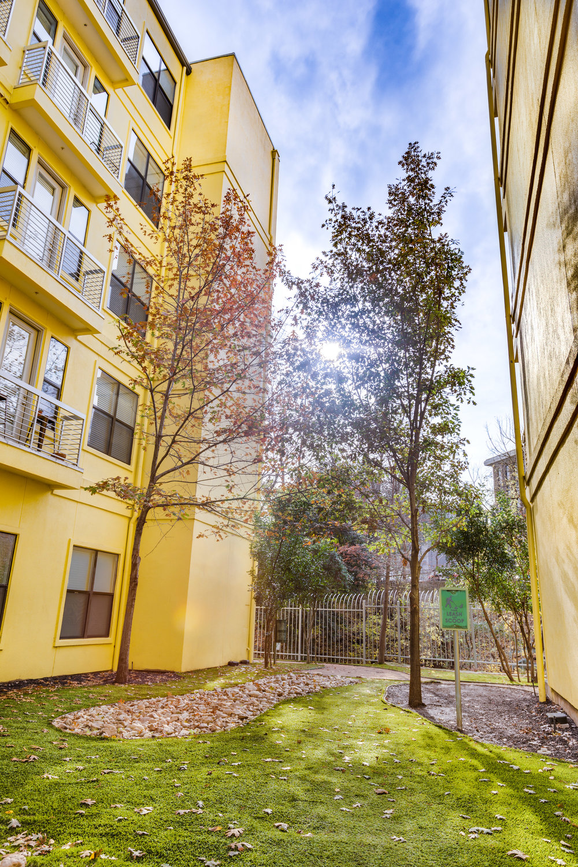 Crescent - Austin, Texas (Interior Courtyard)