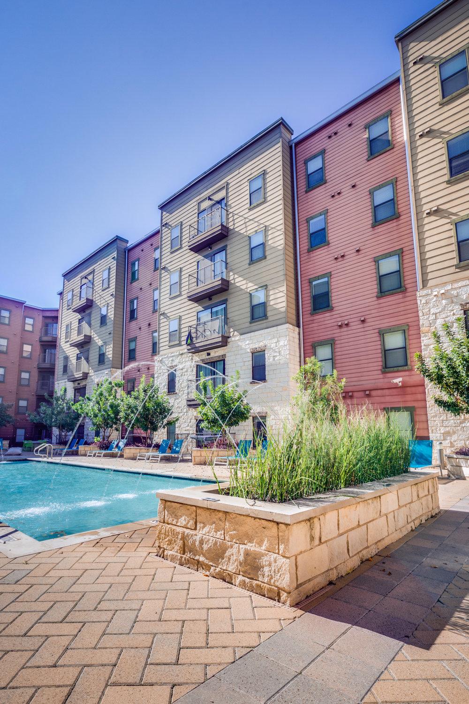 Axis West Campus - Austin, Texas (Interior Courtyard & Pool)