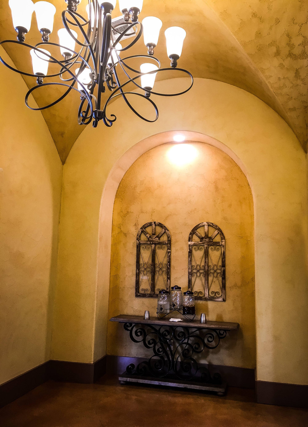 Creekside at Parmer Lane - Austin, Texas (Leasing Office Entry Foyer)