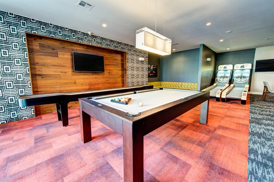 Marq 31 - Houston, Texas (Game Room)