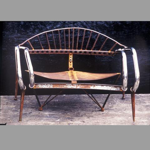 Stingray_Love_Chair_1987-A_large.jpg