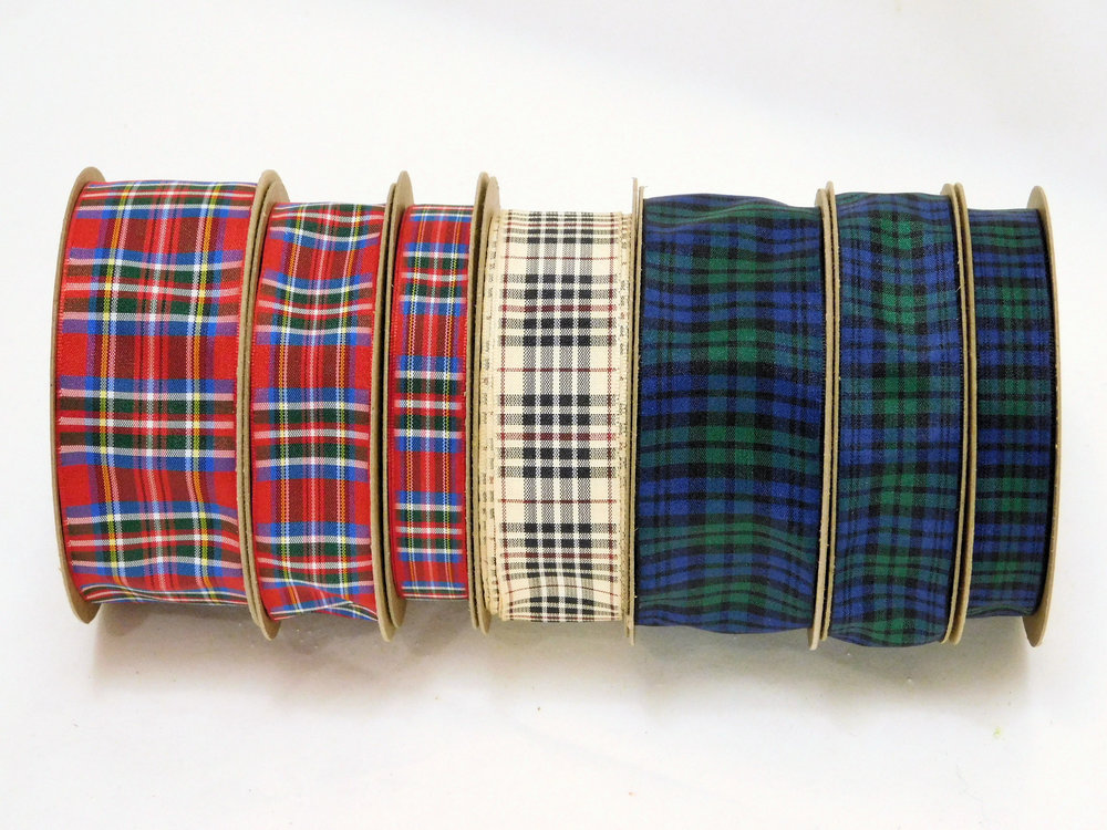 DSCN1847 Plaid Tartan ribbons.jpg