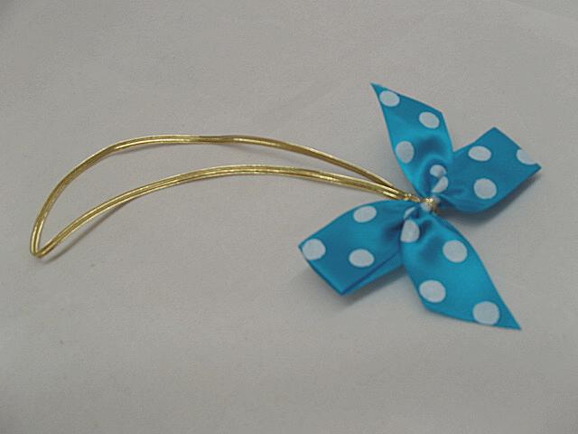 kingfisher blue wht dot stretch loop bow.JPG