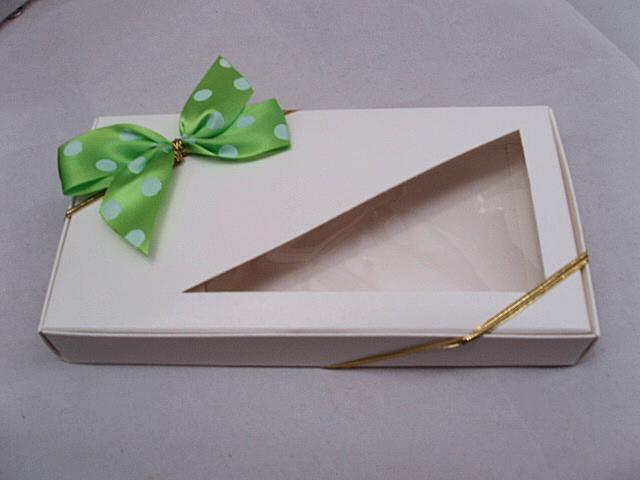 kiwi wht dot stretch bow.JPG