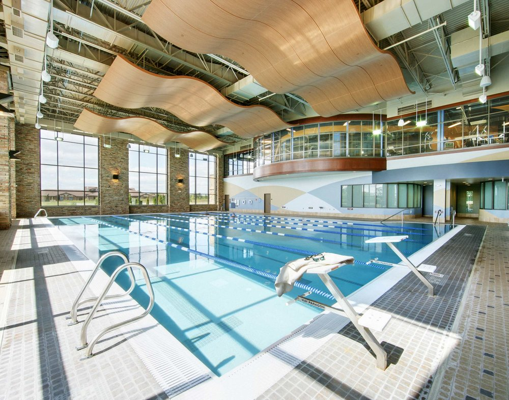 Chicago fitness facility pool photographer