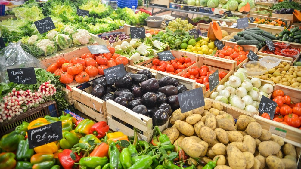 Produce - Fresh produce arrives daily ensuring quality. More than 300 varieties of domestic and hard-to-find international fruits and vegetables. Locally sourced and organic options available.