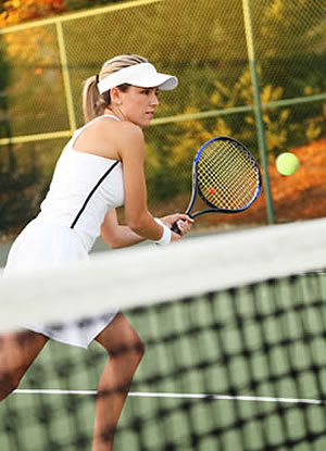 pic_woman_on_court.jpg