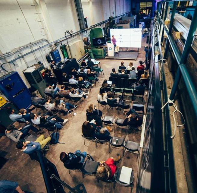 Nos services - L'Openhub accélère les phases d'idéation, de test et de recherche de financement grâce à des services d'accompagnement adaptés aux besoins de chaque entrepreneur.Iamnovator challenge: accompagnement individuel proposé aux porteurs de projet, starters et PMEs désireux d'être challengés pour augmenter la valeur de leur projet de façon gamifiée.We are novators in Industry: Programme d'accélération conjointe où des PMEs et des grandes entreprises co-créent une solution à haute valeur ajoutée autour d'une problématique d'innovation sociétaleDigital Idea Shelf: Nous sélectionnons des projets abandonnés par leur créateurs (starters PME et Grandes entreprises) et accompagnons les entrepreneurs désireux de les faire vivre.3D & Virtual Makers en résidence: Nous offrons des formules d'hébergement dans nos locaux avec un accès encadré aux Fab Lab, Tech Lab et/ou xR Lab.