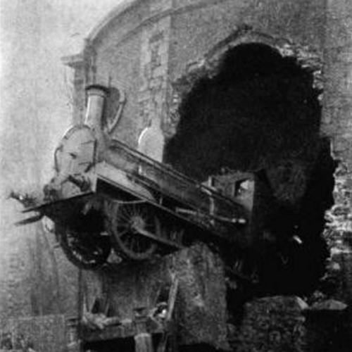 Harcourt_St_train_crash_1900.jpg
