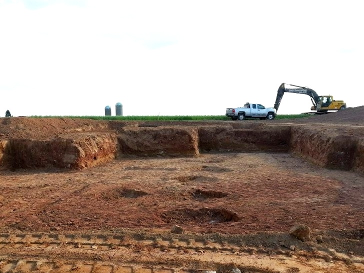 Excavation services - Whether you are looking to clear land for a new home or office building or you require excavation services to install sewer utilities, D & D Excavating & Landscape Service, Inc. can help.