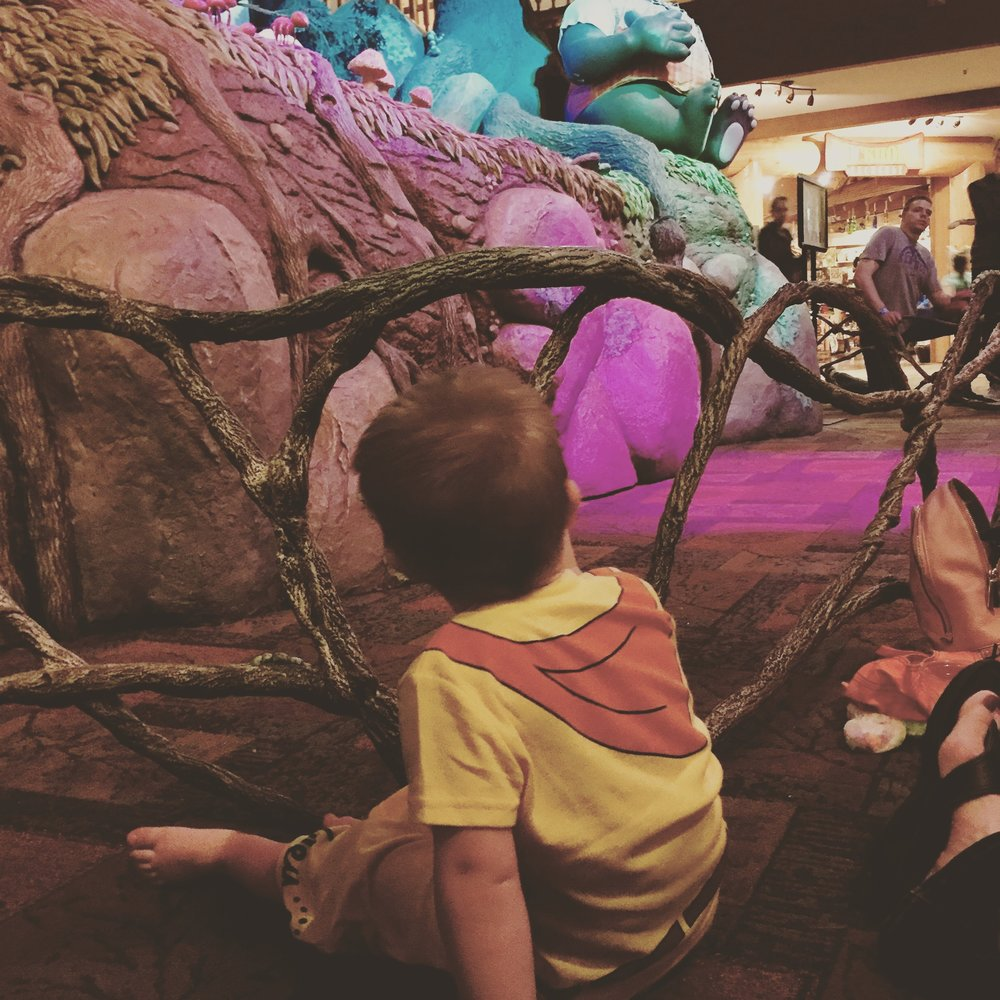 Toddler storytime at Great Wolf Lodge
