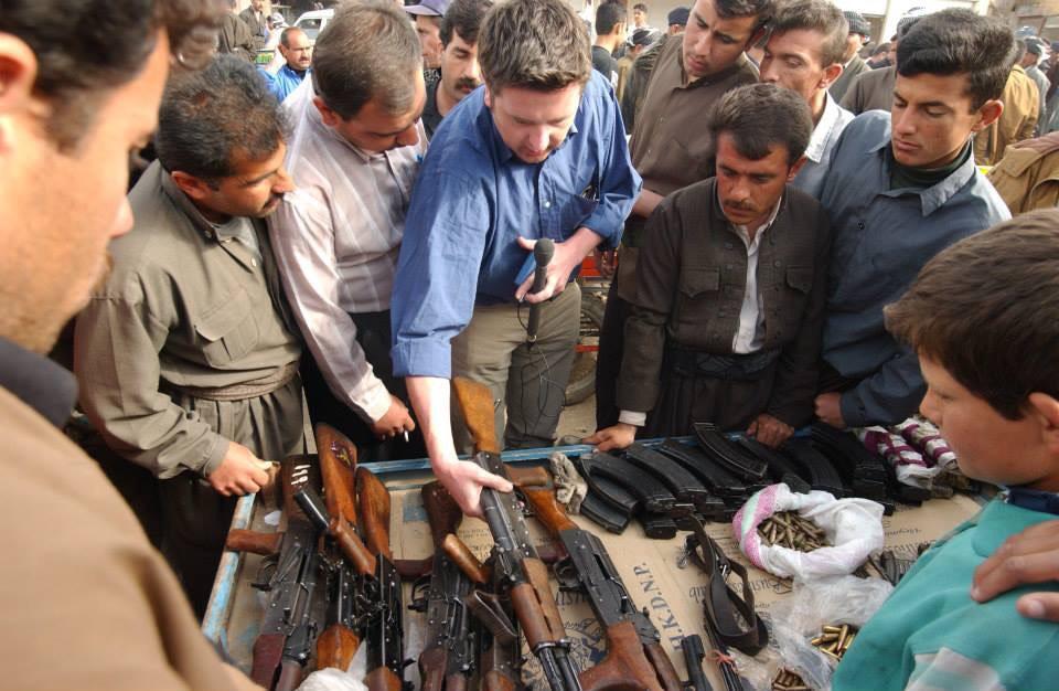 Chamchamal gun market, Iraq 2003