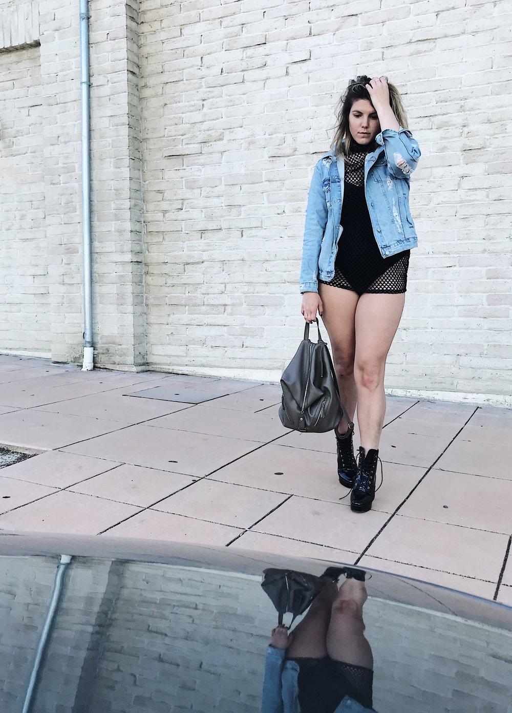 Boohoo Basic Black Everday Bodysuit .JPG
