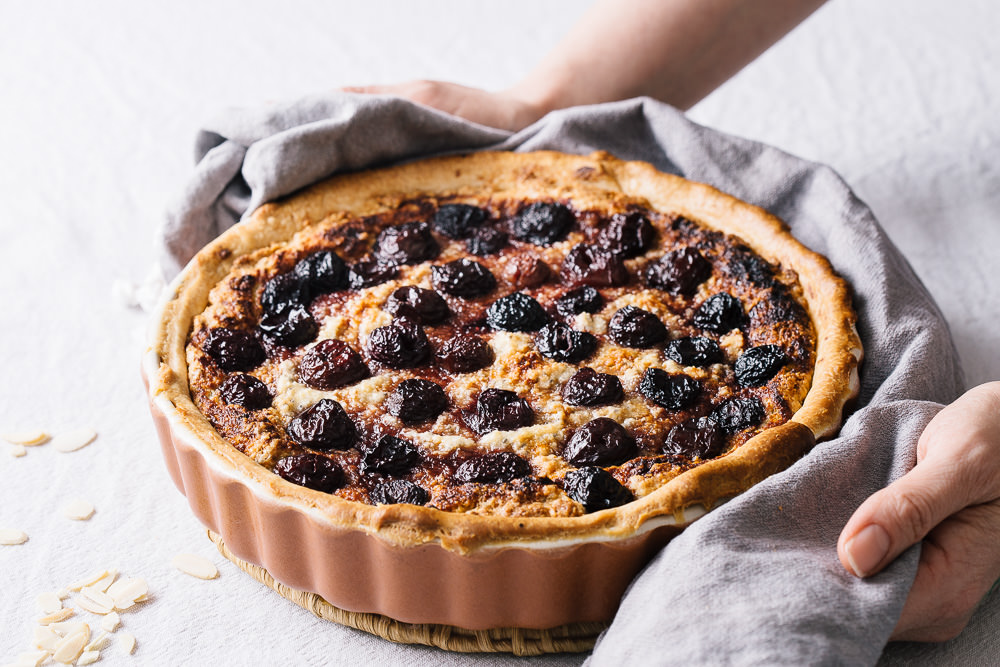 Vegan_cherry_and_almond_frangipane_tart-4.jpg