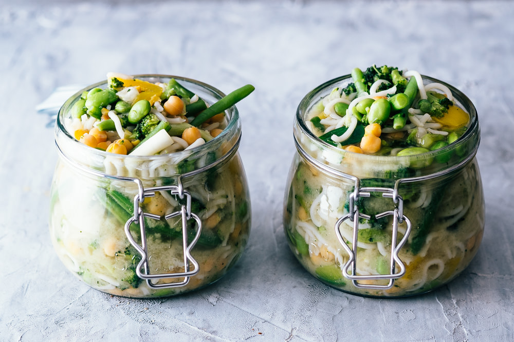 Miso noodle soup jars/pots. Perfect for lunch at work. www.realfamilyjourney.com