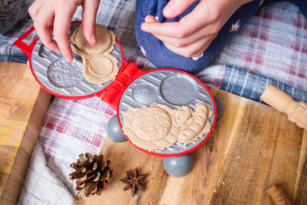 Christmas_Scented_Play_Dough-8.jpg