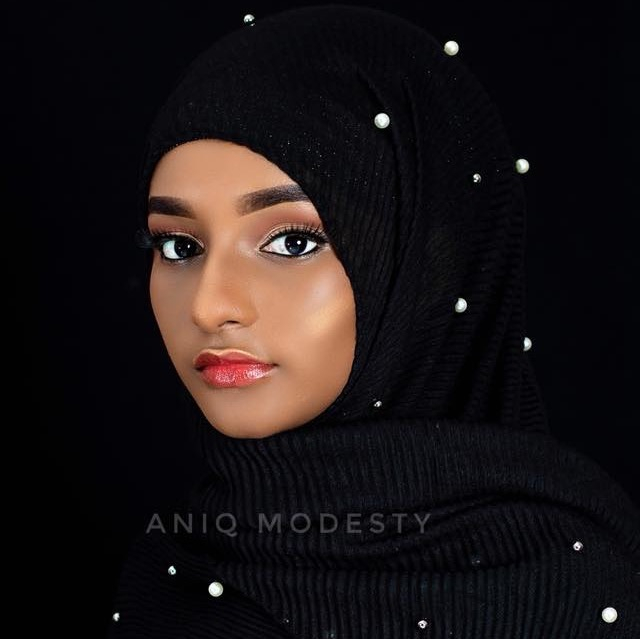 Model Umu Bah wearing a hijab from the new collection from ANIQ modesty.