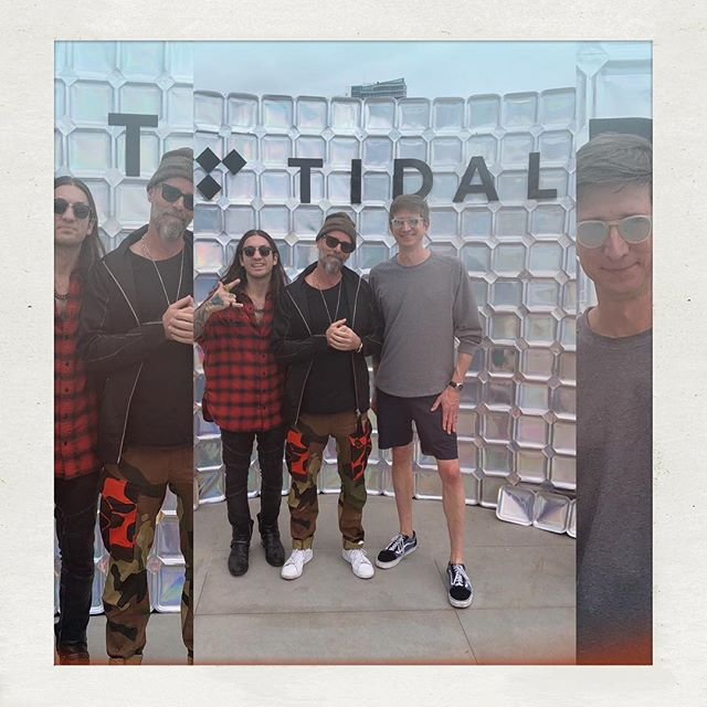 @tidal- let's do stuff! (Answer- 'yes'). Making moves with @zelmccarthy @grabbitz @instaclark @ethanmbaer @iamsuccess88