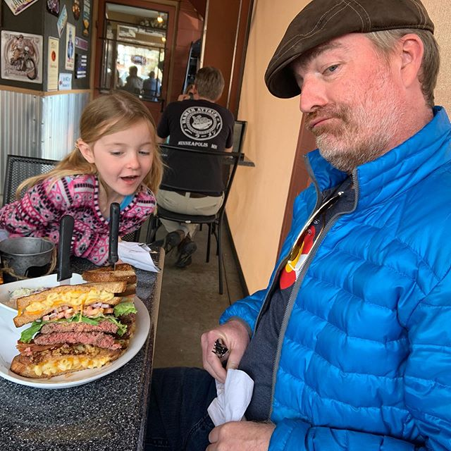 While on vacation, #getfullofflavor conquered the #holycowburger in Morrison, CO and got his photo on the wall! 😳🍔 #macncheesegrilledcheesebuns #2patties #fixins #manvsfood