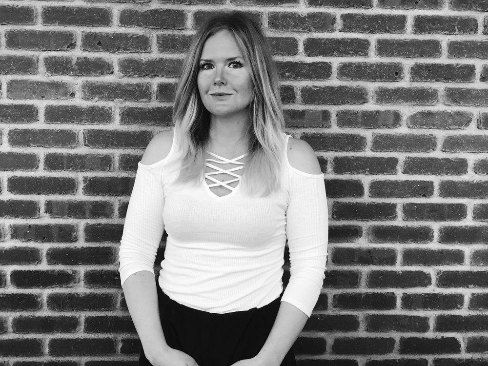 Karen Mitzcavitch | Stylist