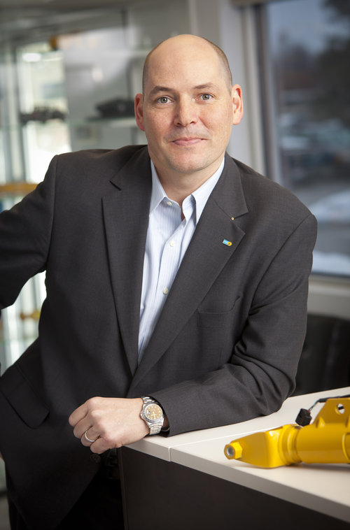 LEADERS IN THE AUTOMOTIVE SUMMIT: INTERVIEW WITH FABIAN SCHMAHL