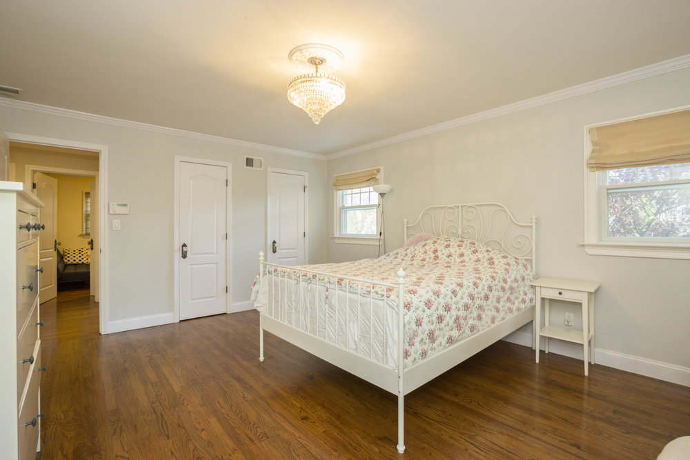 004_Bedroom .jpg