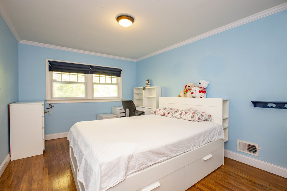 017_Bedroom .jpg
