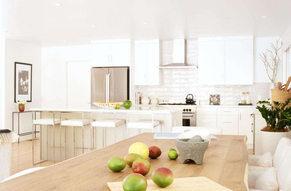72SanGabriel_kitchen.jpg