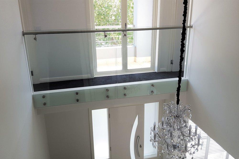 GA Series Glass Balustrade 3 Port Melbourne (1500x1000).jpg