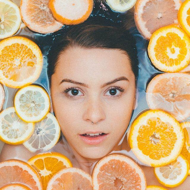 Restez hydraté grâce à votre WOW Bonnes Bactéries au Citron. 🍊💧🍋 #drinkwow